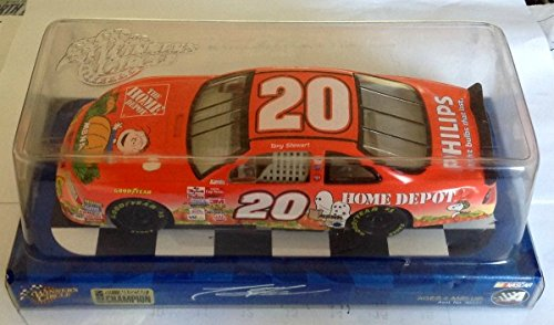 "Winner's Circle 1""24 Tony Stewart #20 Peanuts / The Great Pumpkin NASCAR 1:24 Die-Cast Replica"