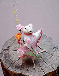 Needle Felted Animal , White Mouse with a bouquet , 5in high .