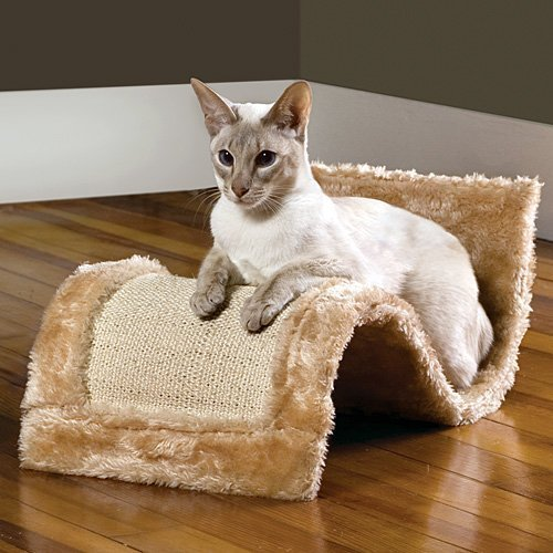 Etna Wavy Cat Scratcher