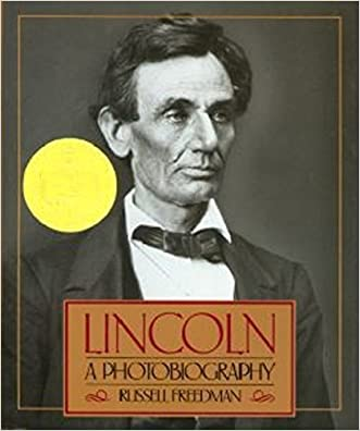 Lincoln: A Photobiography (Houghton Mifflin social studies) written by Russell Freedman