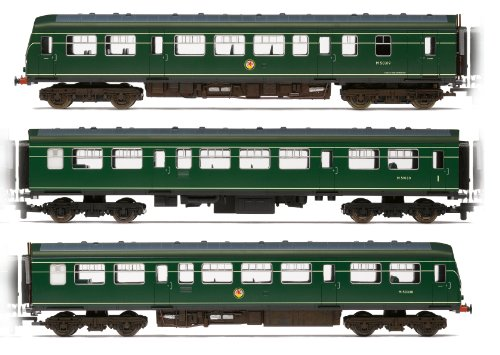 Hornby R3147 BR Green 3 Car Class 101 with Speed Whiskers 00 Gauge Train Pack