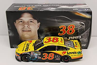 Lionel Racing David Gilliand #38 Love's Travel Stops 2015 Ford Fusion 1:24 Scale Die-cast Car