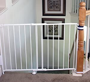 Regalo Top Of Stairs Expandable Metal Gate, With Mounting Kit: Amazon ...