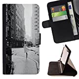 SKCASE Center / Flip Wallet PU Leather Case Cover for Apple Iphone 4 / 4S / Street Ballerina Vintage Black White Dance