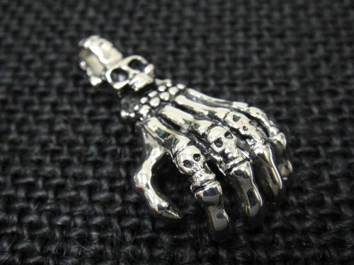 The Biker Metal 316L Stainless Steel Silver Skull Hand Finger Pendant w FREE Chain for Harley Motor Biker TP-13 By Priority Mail