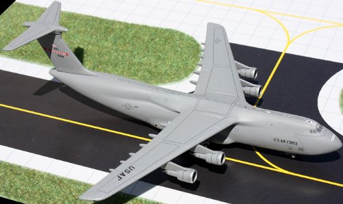 1: 400 ジェミニMACS US Air Force Lockheed C-5 Galaxy Tennessee Air National Guard (並行輸入)