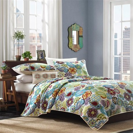 Learn More About Tamil Quilt Set Size: Full / Queen