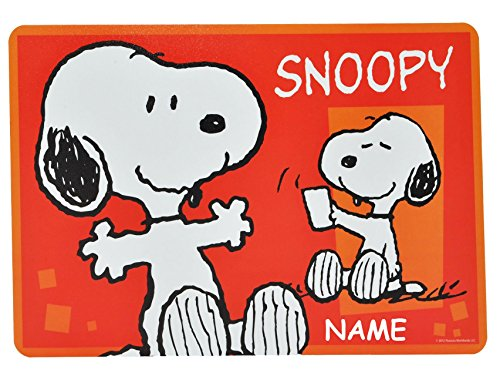 Hund-Snoopy-Peanuts-Unterlage-43-cm-29-cm-incl-Name-Tischunterlage-Platzdeckchen-Malunterlage-Knetunterlage-Eunterlage-Charlie-Brown-Hunde-fr-Kinder-Jungen-Mdchen-kleine-Schreibunterlage