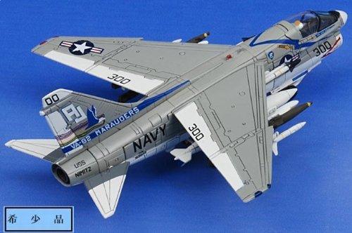 1:144 センチュリー ウィングス ウィングス of ヒーローズ 655065 Vought A-7E Corsair II ダイキャスト モデル USN VA-82 Marauders, AJ30
