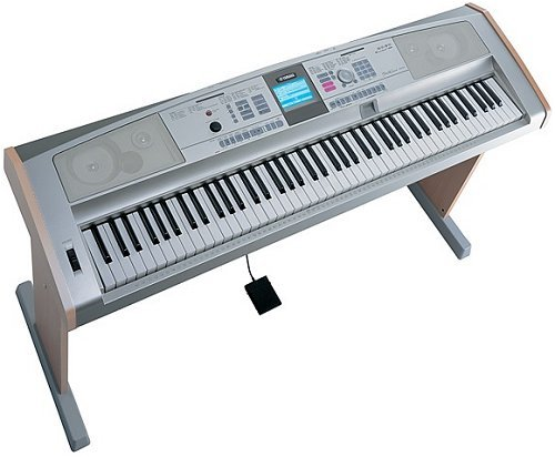 Yamaha Portable Grand DGX505 Electronic Keyboard Piano