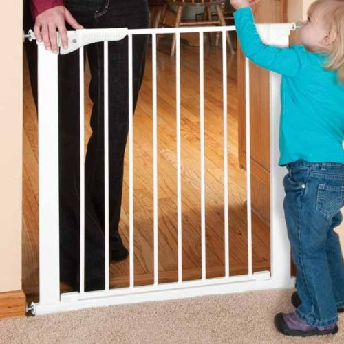 Kidco Pressure Mounted Gate front-1073789