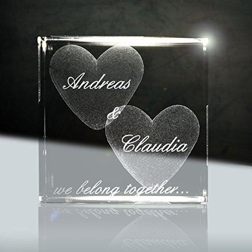 3D Laser Glaskristallwürfel | Layout: Herz mit deiner Wunschgravur (Namen, Datum und Zusatztexten - das ideale Liebesgeschenk für euren Jahrestag)