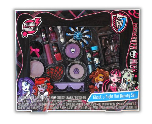 Monster High Ghoulu0026#39;s Night Out Beauty Set