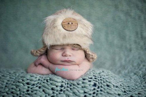 Crochet Newborn Hat Pattern front-999986
