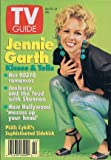TV Guide April 8-14, 1995 (Jennie Garth Kisses & Tells: Her 90210 Romances; Christine Baranski: Cybill's Sophisticated Sidekick; Midwest Chic: Why TV is Suddenly High on the Heartland, Volume 43, No. 14, Issue #2193)