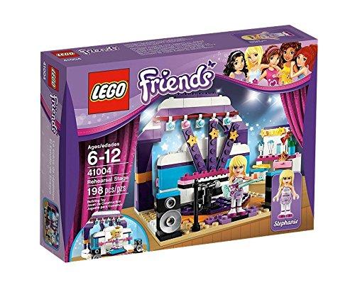 Lego Friends, Prove sul palcoscenico