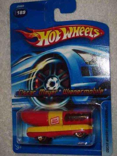2006-189-oscar-mayer-weinermobile-mattel-hot-wheels-diecast-collectibles-collector-car-by-hot-wheels