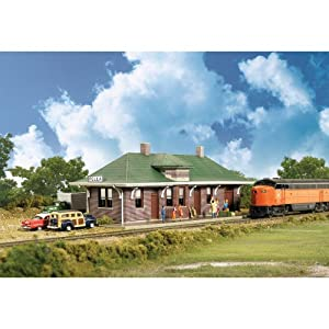 "Walthers Cornerstone Series? N Scale Kit Pella Depot 6-3/4 x 2-1/2 x 2-1/8"" 17.2 x 6.4 x 5.4cm at Sears.com"