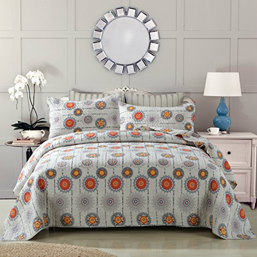 DaDa Bedding Bohemian Twinkle Constellations Sun and Stars Reversible Patchwork Quilted Bedspread Set - Bright Vibrant Multi Colorful Solid Grey & Orange Print - Full - 3-Pieces