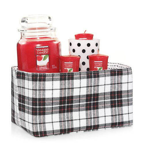 Yankee Candle Cherries On Snow Small Plaid Basket Gift Set, Festive Scent (Candle Basket compare prices)