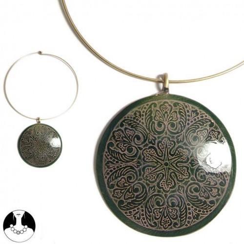 sg paris women necklace choker gold green comb enamel/metal