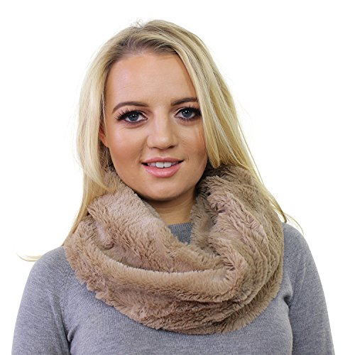 ladies-mini-faux-fur-fluffy-snood-cowl-cosy-circle-infinity-scarf-loop-neck-warmer-wrap-beige