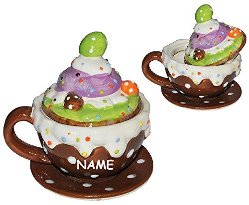 1 Set _ Henkeltasse mit Deckel + Untertasse incl. Namen - Törtchen - aus Porzellan / Keramik - Trinktasse mit Henkel Tasse Becher Porzellantasse - Cappuccino Punkte gepunktet