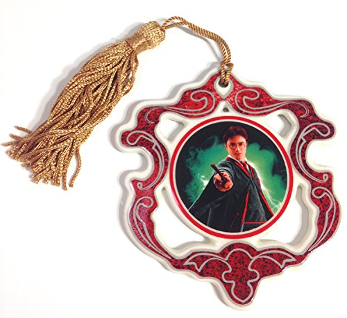 wizarding-world-of-harry-potter-harry-with-wand-ceramic-christmas-tree-ornament