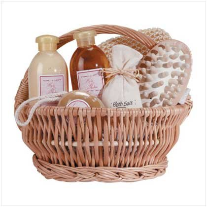 Ginger Therapy Gift Set Basket Gel Lotion Bath Salts