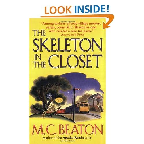 The Skeleton in the Closet (St. Martin's Minotaur Mysteries)