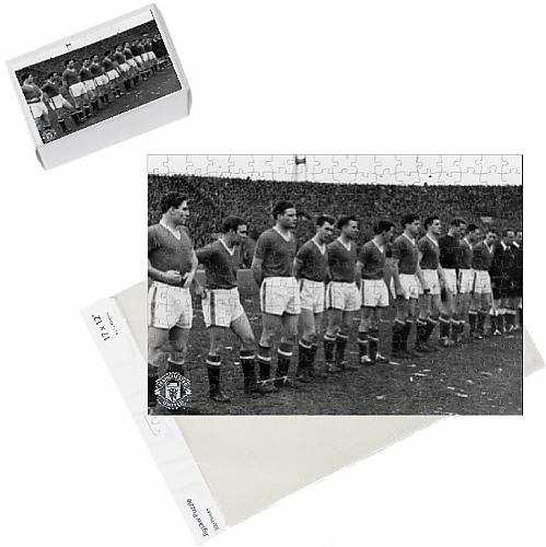 photo-jigsaw-puzzle-of-the-busby-babes-last-photo
