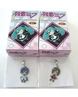 初音ミク メタルチャームコレクション 【 KAITO・MEIKO 】2種セット ファミリーマート限定