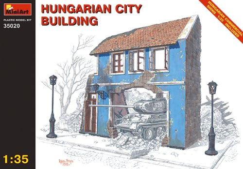 Mini Art Plastics Hungarian City Building
