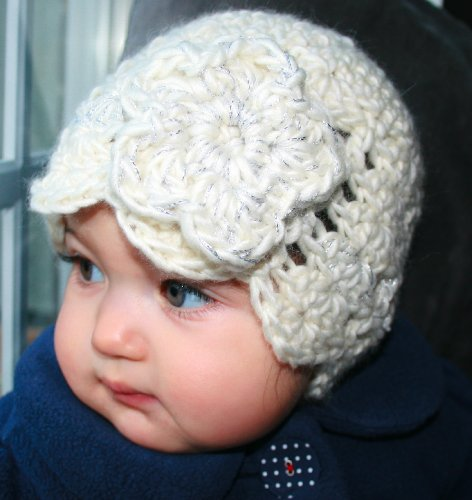 Crochet pattern vintage inspired hat with a crochet flower and a fabric flower 4 sizes from newborn to 5 years (Crochet hats)