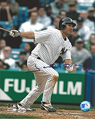 Johnny Damon Autographed New York Yankees 8x10 Photo