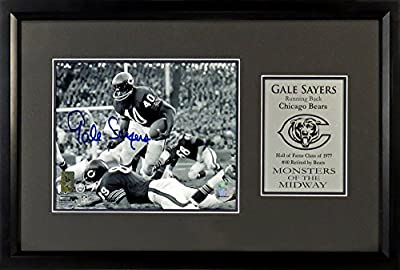 Chicago Bears Gale Sayers Autographed 8x10 Photo Display Framed (COA)