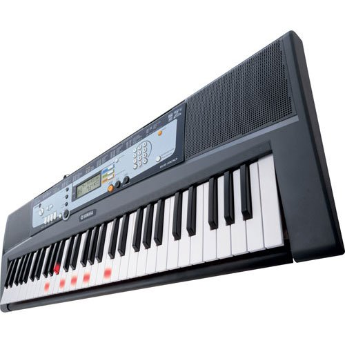 Yamaha EZ200 61 Key EZ Learn Keyboard with Lighted Keys & 367 Voices