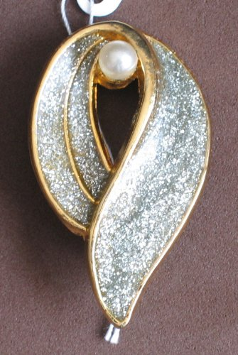 Fashion Brooch Pin: Gold Tone Pin w Faux Pearl & Glitter Enamel