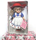 Vogue Ginny Dolls 2000 ' AUGUST CALENDAR COLLECTION' Ginny doll stand Brand New Rare