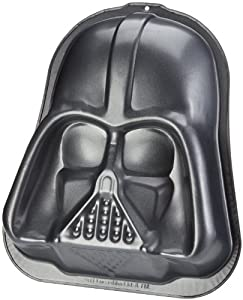 "Star Wars - Merchandise - Darth Vader Baking Pan / Cake Dish (9"" x 11"" x 2"")"