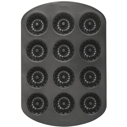 Wilton Mini 12 Cavity Fluted Pan