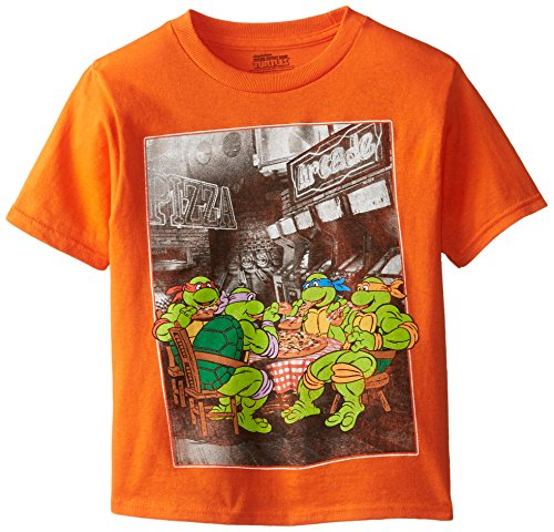 Teenage Mutant Ninja Turtles Little Boys' Sitting and Eating Pizza Photoreal Tee