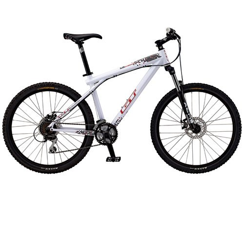 2011 GT Avalanche 3.0 Disc Mountain Bike