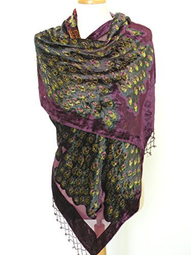 Made Of 100% Silk Burnout Velvet ,This Is An Extremely Stunning High Quality Silk Velvet Long Scarf Centered By Two Beautiful Peacocks Surrounded By Colorful Flowers. The Scarf Is A Lovely Accessory For You And Also Making An Irresistible Gift To Your Lov