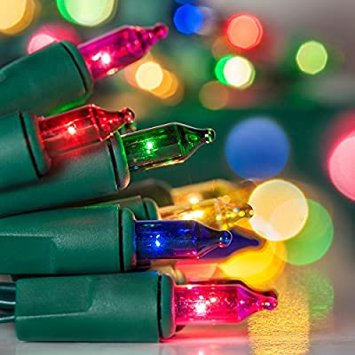 Holiday Essence - Set of 140 Multi-Color Chasing Lights - UL Certified - 8 Function Controller / Chaser - Green Wire - Indoor Use