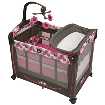Graco Pack 'n Play Element Playard with Stages (Lexi)