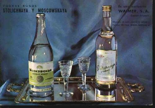 antigua-postal-old-postcard-publicitaria-vodkas-rusos-stolichnaya-y-moscowskaya