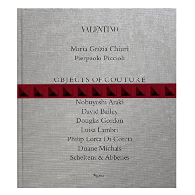 Valentino: Objects of Couture (Hardback)