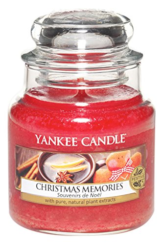 yankee-candle-small-jar-candle-christmas-memories