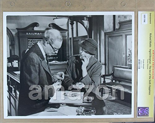 vintage-photo-of-richard-wattis-ingrid-bergman-the-inn-of-the-sixth-happiness-bb591